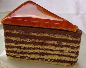 Basic Pastries Cakes and Desserts Hotel - Dobos Torte