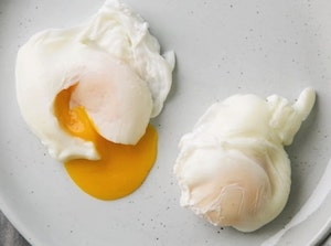 Method of Cooking Eggs - Hotels | Chefs | Kitchen  Poached Eggs