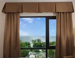 Types of Hotel Window Curtains Treatments - Valances